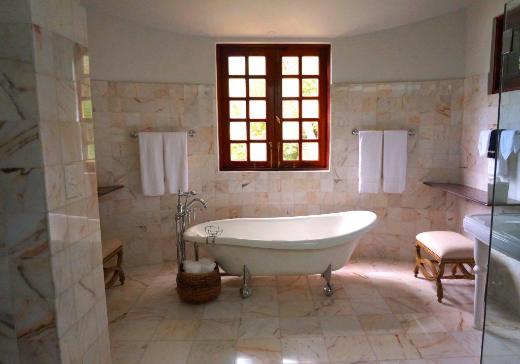 bathroom remodeling st. pete